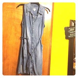 Button down, collared jean dress with belt.
